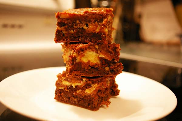 Chunky Cheesecake Brownies - The Gourmet Housewife